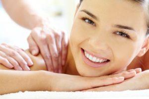 Masaje relax y tratamiento facial en clínica Equilibrio