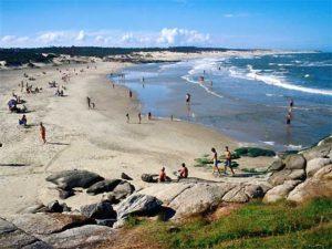 Cepo cambiario y vacaciones en Uruguay