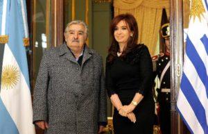 El dólar, entre las relaciones de Argentina y Uruguay
