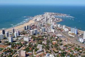Nuevas medidas de Argentina afectan al sector turístico uruguayo