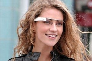 Google ofrece una vista previa de su kit de desarrollo de aplicaciones para las Glass