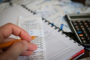 Cómo realizar una Declaración Jurada de Impuestos en Uruguay