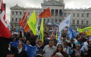 ANDA organiza marcha en contra de la ley de Inclusión Financiera