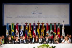 CAF América Latina crecerá un 2 el próximo año