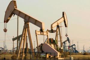 Por qué el gobierno no baja el precio de los combustibles en Uruguay